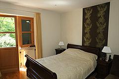 Landsitz mit Barbera d'Asti DOCG und Moscato DOCG Weinbergen zum Verkauf im Piemont Italien - Owner accommodation