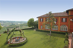 Castle for sale in the Piemonte region of Italy - Garden areas