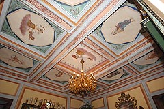 Schloss zum Verkauf in der Region des Piemont, Italien - Frescoes are a feature of the Italian castle