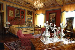 Castle for sale in the Piemonte region of Italy - Bedroom