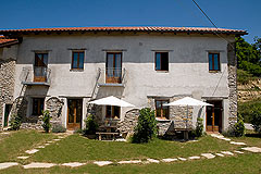 Country Estate for sale in Piemonte Italy. - Tranquil relaxing area for guests