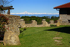 Country Estate for sale in Piemonte Italy. - Panoramic mountain views