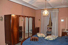 Traditional Italian Country House for sale in Piemonte. - Bedroom 3