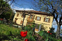 Traditional Italian Country House for sale in Piemonte. - Traditional Italian Country House for sale in Piedmont