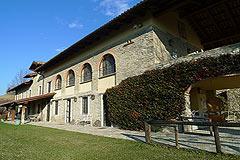Italienischen Luxus-Bauernhaus zu verkaufen in Piemont in Italien - Courtyard area