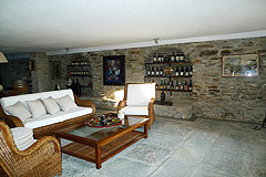 Casa di lusso in vendita in Piemonte - The property features local Langhe stone