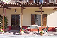 Business for sale in Piemonte - Guest portico