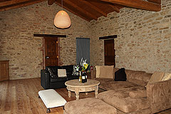 Restored Country House for sale in Piemonte - Living area featuring local stone