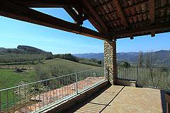 Restored Italian farmhouse for sale in Piemonte - Terrace area