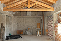 Restored Italian farmhouse for sale in Piemonte - Old stable area