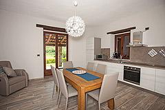 Restored Italian farmhouse for sale in Piemonte - Kitchen living area