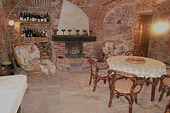 Historic Houses for sale in the Langhe region of Piemonte - Wine cantina area