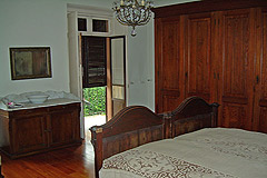 Historic Houses for sale in the Langhe region of Piemonte - Bedroom