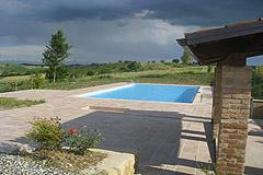 Luxury Italian Apartment for sale in Piemonte - Swimming pool area