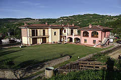 Prestigious Italian Villa for sale in Piemonte - Architect designed Italian villa with beautiful countryside views.
