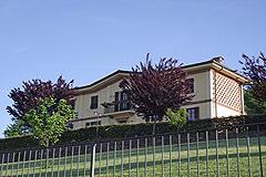 Renommierte italienische Villa zum Verkauf im Piemont - The villa is in a panoramic position