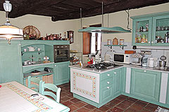 Delightful Village house, Barolo - Traditional rustic  kitchen