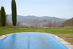 Bella cascina in vendita in Piemonte - Panoramic views from the pool