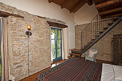 Luxury Country House in the Langhe region of Piemonte - Bedroom 2