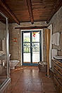 Luxury Country House in the Langhe region of Piemonte - Master bathroom
