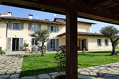 Luxury Country House with business potential in Piemonte - View of the property
