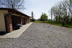 Luxury Country House with business potential in Piemonte - Parking area