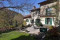 Beautiful Italian Country House for sale in Piedmont. - The property enjoys a tranquil rural location