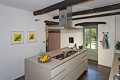 Beautiful Italian Country House for sale in Piedmont. - Kitchen area