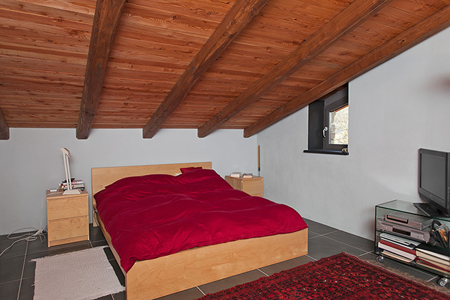 1hr 54 mins of close up cumshots - 4 6