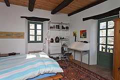 Beautiful Italian Country House for sale in Piedmont. - Bedroom