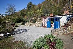 Landhaus zum Verkauf im Piemont - Courtyard area