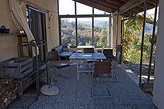 Landhaus zum Verkauf im Piemont - Covered terrace area