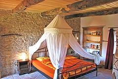 Häusergruppe zum Verkauf im Piemont - House 1 - Bedroom