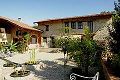 Country Estate for sale in the Langhe. - Beautiful country home in the Langhe region, enjoying a countryside location with mountain views and an indoor swimming pool