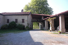 Castle for sale in the Piemonte region of Italy - Courtyard