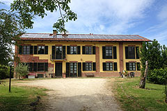 Cascina nella zona di Asti - The property is in a private position