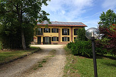 Country House in the Asti region of Piemonte. - Private entrance to the property