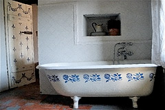 Character Stone House for sale in Piemonte - Bathroom
