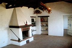 Charaktervolles Steinhaus zum Verkauf im Piemont - Fireplace