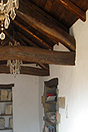 Bella casa in pietra in vendita in Piemonte - Exposed wooden ceiling