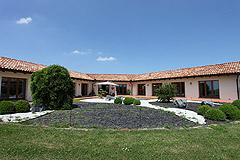 Luxury House with Swimming pool for sale In Piemonte - Luxury property in stunning panoramic location close to Alba
