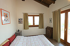 Luxury House with Swimming pool for sale In Piemonte - Bedroom