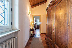 Luxury Country Home for sale in the Piemonte region of Italy - Corridor