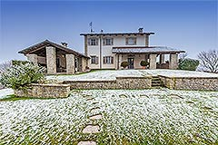 Luxury Country Home for sale in the Piemonte region of Italy - Front view