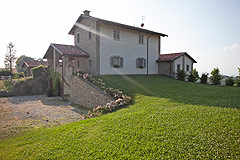 Luxury Country Home for sale in the Piemonte region of Italy - Back view of the property