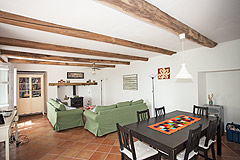 Traditional Country Farmhouse for sale in Piemonte - Living area