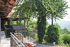 Traditional Country Farmhouse for sale in Piemonte - Balcony area