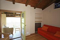 Bella cascina con piscina, vista panoramica in Piemonte. - Living area