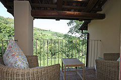 Bella cascina con piscina, vista panoramica in Piemonte. - Terrace area