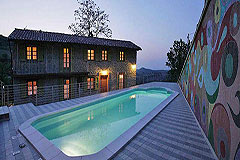 Beautiful Country House & Swimming pool with vineyard views in Piemonte. - Evening  view